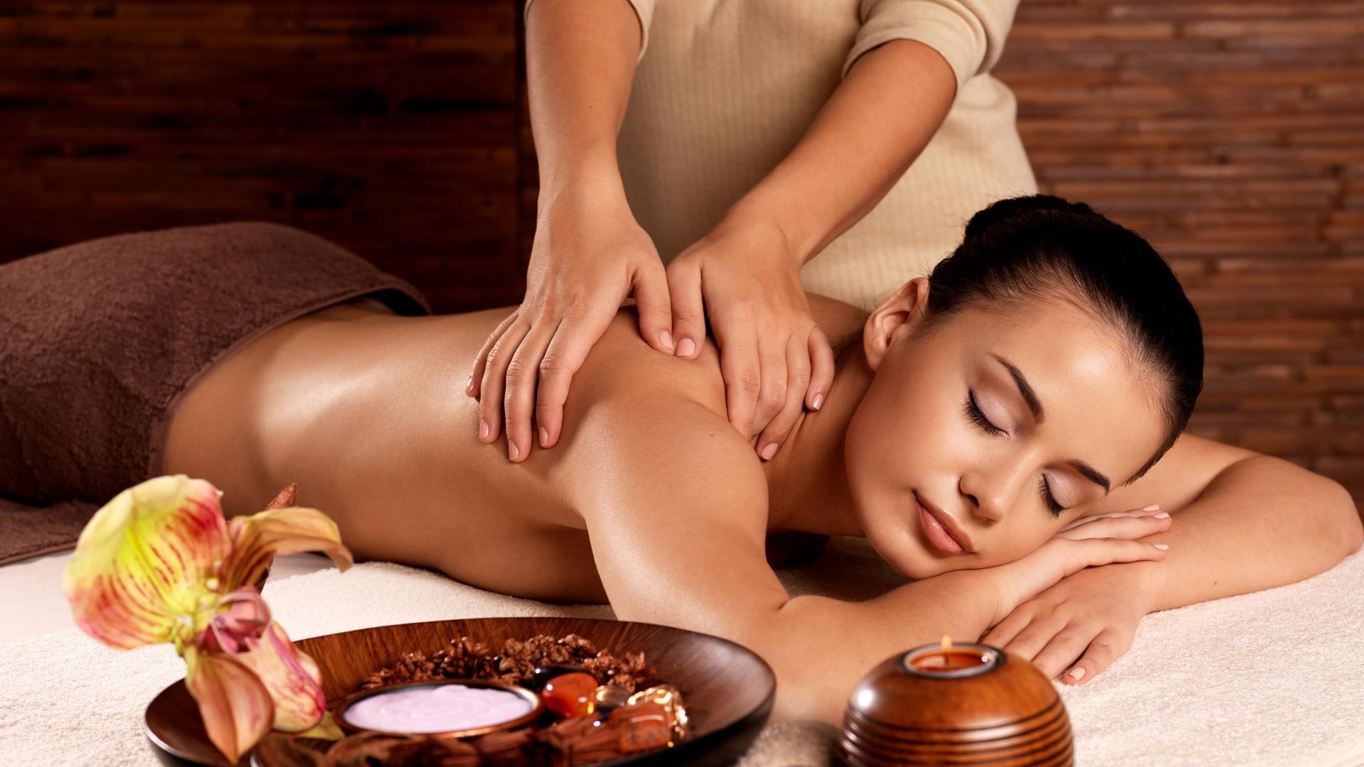 Erotische massage berlin friedrichshain
